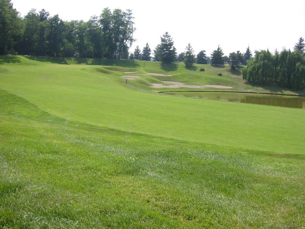 4. Loch des Golf Club Le Robinie